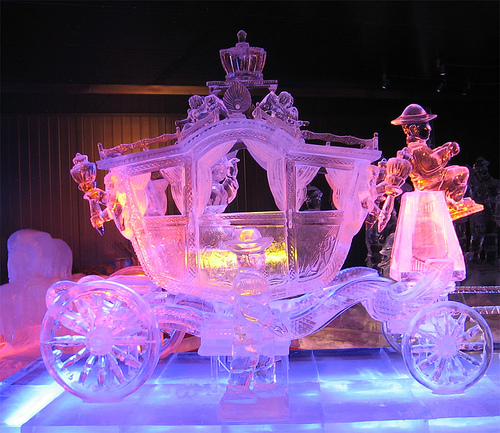 ice-carving-2
